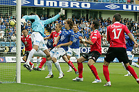 Fotball , 12 Juli 2009<br /> Tippeligaen<br /> Molde - brann 4-1<br /> <br /> Eirik bakke - brann<br /> Knut dørum lillebakk - molde<br /> Vegard forren - molde<br /> <br /> Foto: Richard Brevik , Digitalsport