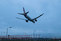 London Heathrow, January 24th 2016 Virgin Atlantic Boeing 787 -8 Dreamliner G-VAHH lands at London heathrow following a training flight from Prestwick. ///FOR LICENCING CONTACT: paul@pauldaveycreative.co.uk TEL:+44 (0) 7966 016 296 or +44 (0) 20 8969 6875. ©2016 Paul R Davey. All rights reserved.