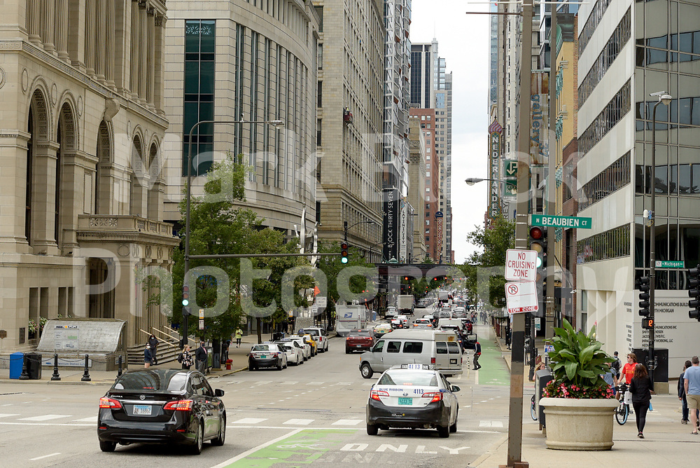 Street Traffic in Chicago.<br /> Photo by Mark Black