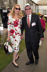 © Licensed to London News Pictures. 23/05/2016. JERRY HALL and RUPERT MURDOCH attend press day of The Royal Horticultural Society flagship flower show. The show has been held at the Royal Hospital in Chelsea since 1913. London, UK. Photo credit: Ray Tang/LNP