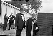30/06/1962 <br /> 06/30/1962<br /> 30 June 1962<br /> Irish Sweeps Derby at the Curragh Racecourse, Co. Kildare. Image shows Mr and Mrs Joseph McGrath arriving at the racecourse.