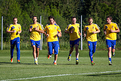 25.05.2012, Sportplatz, Walchsee, AUT, UEFA EURO 2012, Trainingscamp, Ukraine, Training, im Bild Maksim Koval, (UKR), Andriy Shevchenko, (UKR), Artem Milevskiy, (UKR), Oleksandr Kucher, (UKR), Anatoliy Tymoshchuk, (UKR), Evgen Seleznev, (UKR) // Maksim Koval, (UKR), Andriy Shevchenko, (UKR), Artem Milevskiy, (UKR), Oleksandr Kucher, (UKR), Anatoliy Tymoshchuk, (UKR), Evgen Seleznev, (UKR)  during the first Trainingssession of Ukraine National Footballteam for preparation UEFA EURO 2012 at the Stadium, Walchsee, Austria on 2012/05/25. EXPA Pictures © 2012, PhotoCredit: EXPA/ Juergen Feichter