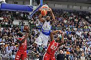 DESCRIZIONE : Beko Legabasket Serie A 2015- 2016 Dinamo Banco di Sardegna Sassari - Olimpia EA7 Emporio Armani Milano<br /> GIOCATORE : Brenton Petway<br /> CATEGORIA : Schiacciata Sequenza<br /> SQUADRA : Dinamo Banco di Sardegna Sassari<br /> EVENTO : Beko Legabasket Serie A 2015-2016<br /> GARA : Dinamo Banco di Sardegna Sassari - Olimpia EA7 Emporio Armani Milano<br /> DATA : 04/05/2016<br /> SPORT : Pallacanestro <br /> AUTORE : Agenzia Ciamillo-Castoria/C.AtzoriCastoria/C.Atzori