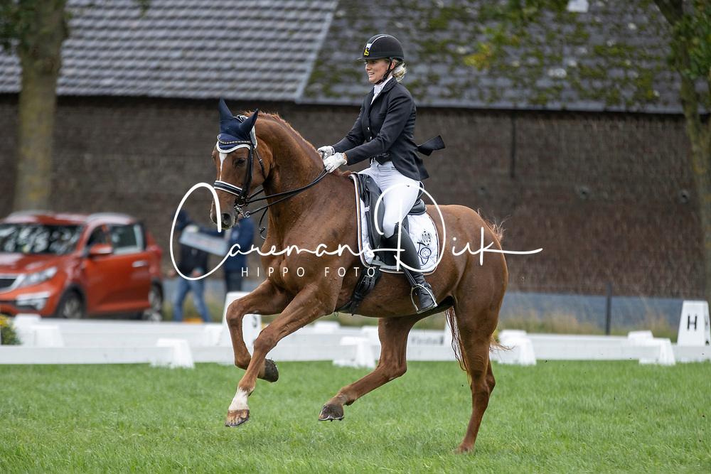 Grauwels Tiny, BEL, Aripuana van Sint-Rochus<br /> Nationaal Kampioenschap LRV <br /> Ponies Dressuur - Oudenaarde 2020<br /> © Hippo Foto - Dirk Caremans<br /> 04/10/2020