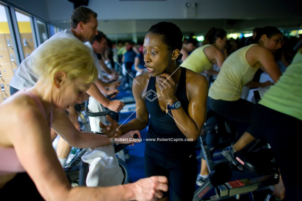 Spin class instructor Loi Jordan during a spin class at New York Sprots Club, May 29, 2008. Photographer: Robert Caplin For The New York TImes..