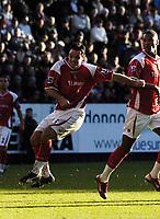 Photo: Olly Greenwood.<br />Charlton Athletic v Everton. The Barclays Premiership. 25/11/2006. Charlton's Andy Reid scores