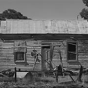 Moliagul, Ruined house
