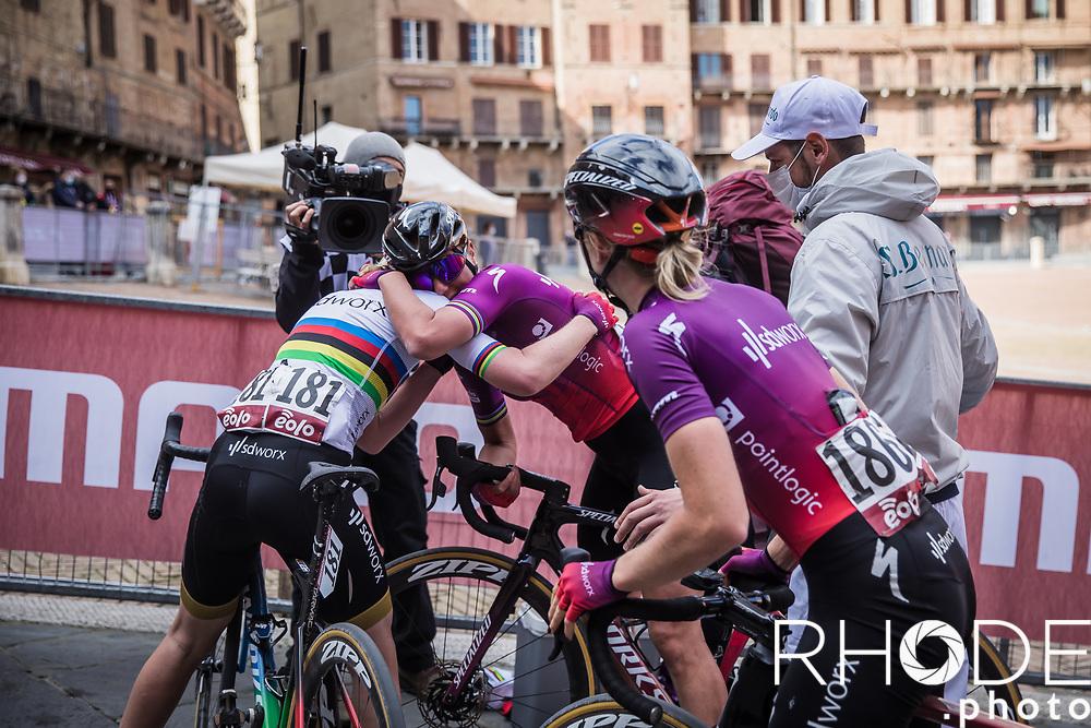 Anna van der Breggen (NED/SD Worx), Chantal van den Broek-Blaak (NED/SDWorx), Demi Vollering (NED/SD Worx) celebrating a great team effort<br /> <br /> 7th Strade Bianche Women Elite <br /> Siena > Siena 136km<br /> <br /> ©RhodePhoto
