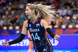 12.06.2018, Porsche Arena, Stuttgart<br /> Volleyball, Volleyball Nations League, Türkei / Tuerkei vs. Niederlande<br /> <br /> Jubel Laura Dijkema (#14 NED)<br /> <br /> Foto: Conny Kurth / www.kurth-media.de