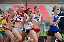 30-07-2011 ATLETIEK: NK OUTDOOR: AMSTERDAM<br /> (L-R) Machteld Mulder, Marlies Sanders, Charissa Czech series 800 meter vrouwen<br /> ©2011-FotoHoogendoorn.nl / Peter Schalk