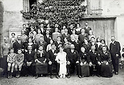 group family portrait from around 1932 France