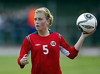 Fotball<br /> Landskamp J15/16 år<br /> Tidenes første landskamp for dette alderstrinnet<br /> Sverige v Norge 1-3<br /> Steungsund<br /> 11.10.2006<br /> Foto: Anders Hoven, Digitalsport<br /> <br /> Eirin Bjerkreim Kleppa - Frøyland / Norge