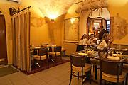 Chez Dupont in Bordeaux. A restaurant close to Cite Mondial du Vin