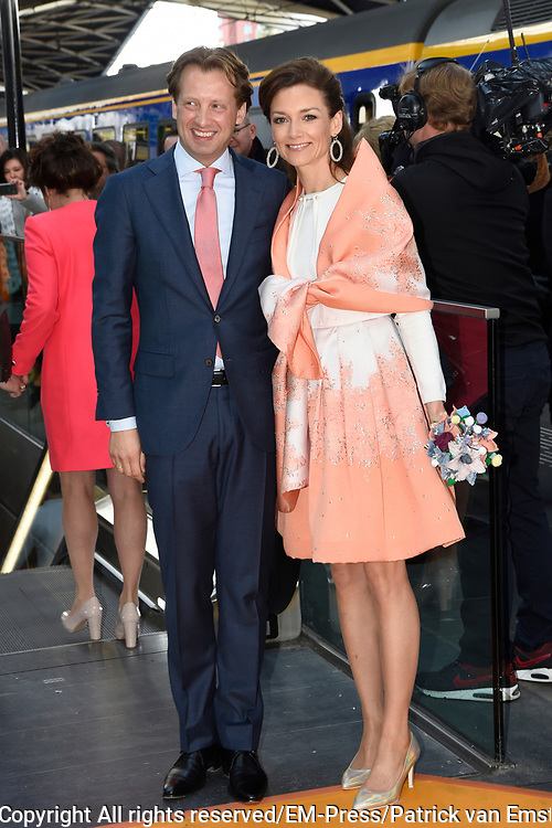 Koningsdag 2017 in Tilburg / Kingsday 2017 in Tilburg<br /> <br /> Op de foto / On the photo:  Prins Floris en prinses Aimee / Prince Floris en Princess Aimee
