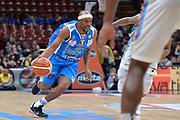 DESCRIZIONE : Beko Final Eight Coppa Italia 2016 Serie A Final8 Quarti di Finale Vanoli Cremona - Dinamo Banco di Sardegna Sassari<br /> GIOCATORE : Josh Akognon<br /> CATEGORIA : Palleggio Penetrazione<br /> SQUADRA : Dinamo Banco di Sardegna Sassari<br /> EVENTO : Beko Final Eight Coppa Italia 2016<br /> GARA : Quarti di Finale Vanoli Cremona - Dinamo Banco di Sardegna Sassari<br /> DATA : 19/02/2016<br /> SPORT : Pallacanestro <br /> AUTORE : Agenzia Ciamillo-Castoria/L.Canu