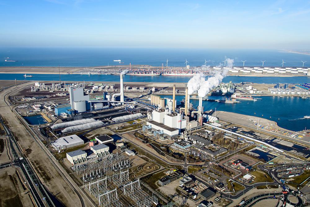 Nederland, Zuid-Holland, Rotterdam, 18-02-2015; Maasvlakte kolencentrales 1 en 2 van E.ON met de dubbele schoorsteen. De elektriciteitscentrale met de losstaande schoorsteen is de nieuwe centrale Maasvlakte Power Plant MPP3. In de achtergrond de Yangtzekanaal (vh Yangtzekanaal).<br /> Maasvlakte with the coal-fired Maasvlakte Power Plant E.ON<br /> luchtfoto (toeslag op standard tarieven);<br /> aerial photo (additional fee required);<br /> copyright foto/photo Siebe Swart