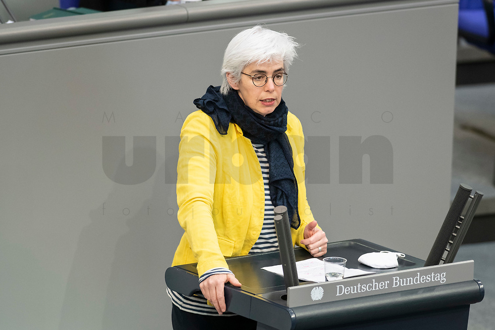 05 MAR 2021, BERLIN/GERMANY:<br /> Cornelia Moehring, MdB, Die Linke, waehrend der Debatte zum Internationalen Frauentag; Plenum, Reichstagsgebaeude, Deutscher Bundestag<br /> IMAGE: 20210305-01-018<br /> KEYWORDS: Cornelia Möhring