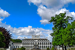 Palace Soestdijk, A day of cycling around Utrecht and Nijkerk, skate and roller training for the Vasaloppet on June 6, 2020 in Nijkerk
