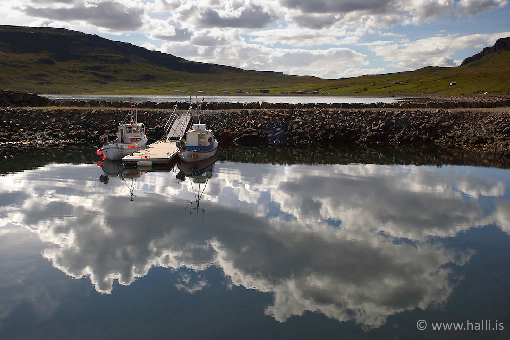 Boats in Reykjarfjordur, Iceland - Bátar og bryggja í Reykjarfirði á Ströndum