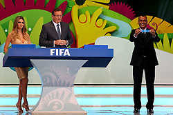 Cafú durante a cerimônia do sorteio dos grupos da Copa de 2014, na Costa do Sauípe, Bahia. FOTO: Jefferson Bernardes/ Agência Preview