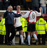 Photo: Jed Wee.<br /> Clyde v Glasgow Celtic. Scottish Cup. 08/01/2006.<br /> <br /> Clyde manager Graham Roberts (L) celebrates with Stephen O'Donnell.