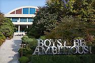 "Exterior ""Boys Be Ambitious"", Shinil High School, Seoul, Sydkorea"
