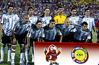 Fotball<br /> Copa America 2007<br /> 28.06.2007<br /> Argentina v USA<br /> Foto: imago/Digitalsport<br /> NORWAY ONLY<br /> <br /> Lagbilde Argentina<br /> Mannschaftsfoto Argentinien, hi.v.li.: Juan Roman Riquelme, Gabriel Heinze, Gabriel Milito, Torwart Roberto Abbondanzieri, Roberto Fabian Ayala, Javier Zanetti; vorn: Juan Sebastian Veron, Lionel Messi, Hernan Crespo, Esteban Cambiasso und Javier Mascherano