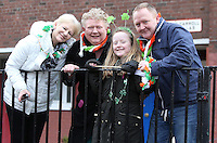 Stephanie O'Shaughnessy, left, with Samantha and Ciaran Nugent and their daughter, Shannon, 8, all from Dublin, at the centenary Easter Rising Parade at Cuffe Street in Dublin. Picture credit; Damien Eagers 27/3/2016