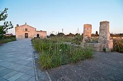 Botrugno - Chiesa di Santo Solomo - La chiesa è situata sulla strada che da Botrugno porta a Sanarica.