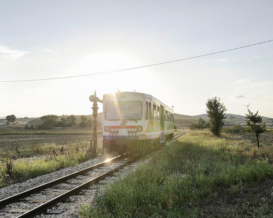 Treno, stazione Taccone. Matera, 11 agosto 2013. Christian Mantuano / OneShot