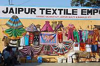 Inde, Rajasthan, Jaipur la ville rose, boutique pour touriste // India, rajasthan, Jaipur the Pink City, tourist shop