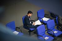 DEU, Deutschland, Germany, Berlin, 04.03.2021: Deutscher Bundestag, Dr. Frauke Petry (fraktionslos) arbeitet an ihrer Rede, die sie gleich im Plenum halten wird.