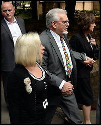 ©Licensed to i-Images Picture Agency. 04/07/2014. London, United Kingdom. Rolf Harris arrives at  Southwark Crown Court with his daughter, he will be sentenced  after being found guilty of indecent assaults . Picture by Andrew Parsons / i-Images