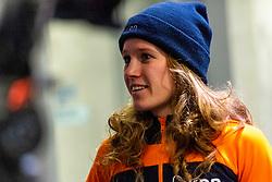 11-01-2019 NED: ISU European Short Track Championships 2019 day 1, Dordrecht<br /> 3000 m relay, Rianne de Vries #124
