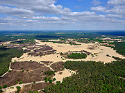 Nederland, Noord-Brabant, Drunen, 14-05-2020; Nationaal Park De Loonse en Drunense Duinen, bijgenaamd de Brabantse Sahara. Kenmerkend voor het gebeid zijn de droge zandverstuivingen  met het stuifzand .<br /> De Loonse en Drunense Duinen National Park, nicknamed the Brabant Sahara. Characteristic of the area are the dry sand drifts with the drifting sand.<br /> <br /> aerial photo (additional fee required);<br /> copyright foto/photo Siebe Swart