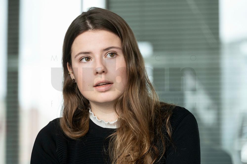 12 MAR 2020, BERLIN/GERMANY:<br /> Luisa Neubauer, Klimaschutzaktivistin, Fridays for Future, waehrend einem Interview, Redaktion Rheinische Post<br /> IMAGE: 20200312-01-024