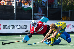 (L-R) goalkeeper Sreejehs Parattu Raveendran of India, Daniel Beale of Australia during the Champions Trophy finale between the Australia and India on the fields of BH&BC Breda on Juli 1, 2018 in Breda, the Netherlands.