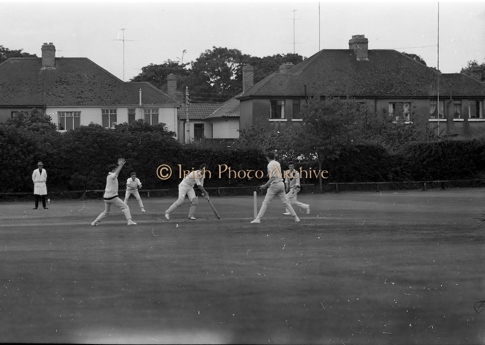 18/07/1970<br /> 07/18/1970<br /> 18 July 1970<br /> Cricket: Clontarf 1st XI v Old Belvedere, Leinster Senior Cup Final at Clontarf Cricket Club, Dublin. Frank O'Hanlon (centre), Old Belvedere, batting.