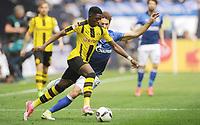 v.l. Ousmane Dembele, Benjamin Stambouli (Schalke)<br /> Gelsenkirchen, 01.04.2017, Fussball, Bundesliga, FC Schalke 04 - Borussia Dortmund 1:1<br /> Norway only