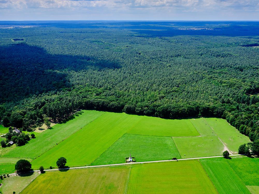 Nederland, Gelderland, Gemeente Rheden, 21–06-2020; Laag-Soeren, Veluwezoom. Priessnitz-monument (Torentje van Jut).<br /> <br /> luchtfoto (toeslag op standaard tarieven);<br /> aerial photo (additional fee required)<br /> copyright © 2020 foto/photo Siebe Swart