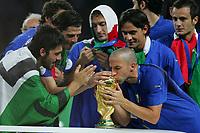 Fotball<br /> VM 2006<br /> Finale<br /> Frankrike v Italia<br /> 09.07.2006<br /> Foto: Witters/Digitalsport<br /> NORWAY ONLY<br /> <br /> v.l. Gennaro Gattuso, Simone Perrotta, Francesco Totti, Alessandro Del Piero, Filippo Inzaghi Fussball Weltmeister 2006<br /> Fussball WM 2006 Finale Italien - Frankreich 6:5 n.E.