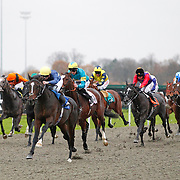 Cloudscape and Nicky Mackay winning the 3.20 race