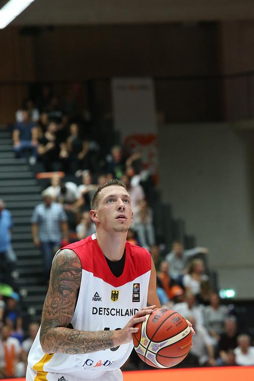 Basketball: Supercup, Deutschland - Russland, Hamburg, 18.08.2017<br /> Daniel Theis (GER)<br /> © Torsten Helmke