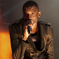 Wretch 32 performing on the opening night of the BBC 1Xtra Live tour at Manchester's O2 Apollo, 2011-11-28
