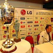 NLD/Amsterdam/20050728 - Persconferentie LG Amsterdam Tournament 2005, beker