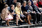 Koningsdag 2017 in Tilburg / Kingsday 2017 in Tilburg<br /> <br /> Op de foto / On the photo:  Koning Willem-Alexander, koningin Maxima en prinsessen Alexia, Ariane en Amalia<br /> <br /> King Willem-Alexander, Queen Maxima and Princesses Alexia, Ariane and Amali