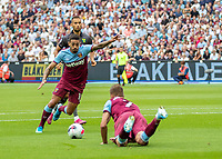 jyt6v gcsqADFootball - 2019 / 2020 Premier League - West Ham United vs. Norwich <br /> <br /> Manuel Lanzini (West Ham United) prepares to strike at goal as Andriy Yarmolenko (West Ham United) gets to his feet after being fouled at the London Stadium<br /> <br /> COLORSPORT/DANIEL BEARHAM