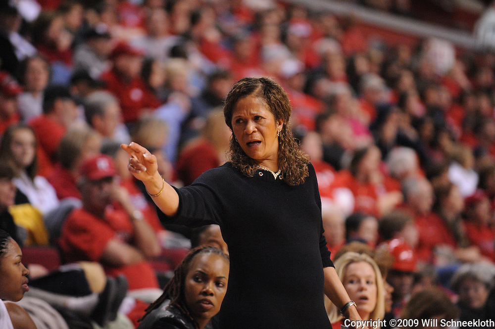 Jan 31, 2009; Piscataway, NJ, USA; Rutgers head coach C. Vivian Stringer tells Rutgers guard Nikki Speed to sub into the game during the second half of South Florida's 59-56 victory over Rutgers in NCAA women's college basketball at the Louis Brown Athletic Center