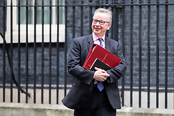 © Licensed to London News Pictures. 29/01/2018. London, UK. Environment, Food and Rural Affairs Secretary Michael Gove leaving Downing Street after attending a Brexit meeting this morning. Photo credit : Tom Nicholson/LNP