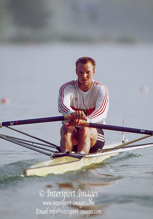 Barcelona Olympics 1992 - Lake Banyoles, SPAIN,   GER  M1X. Thomas  LANGE,   [Mandatory Credit:  Peter Spurrier/Intersport Images].
